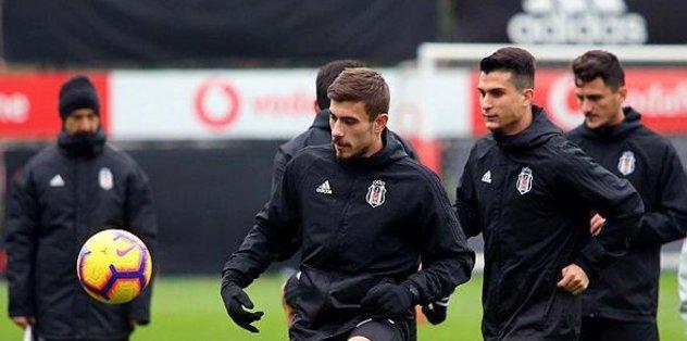 Beşiktaş 10 eksikle çalıştı