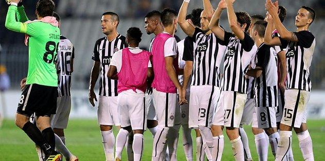 Beşiktaş'ın rakibi Partizan'ın ligdeki maçı ertelendi