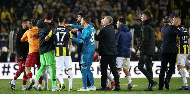 Fenerbahçe - Galatasaray derbisi sonrası ceza yağdı! PFDK resmen açıkladı...