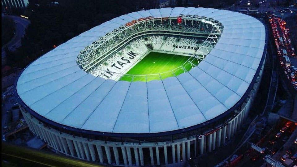 Vodafone Arena açılış marşı