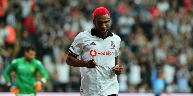 Ryan Babel Beşiktaş'ı sırtlıyor!