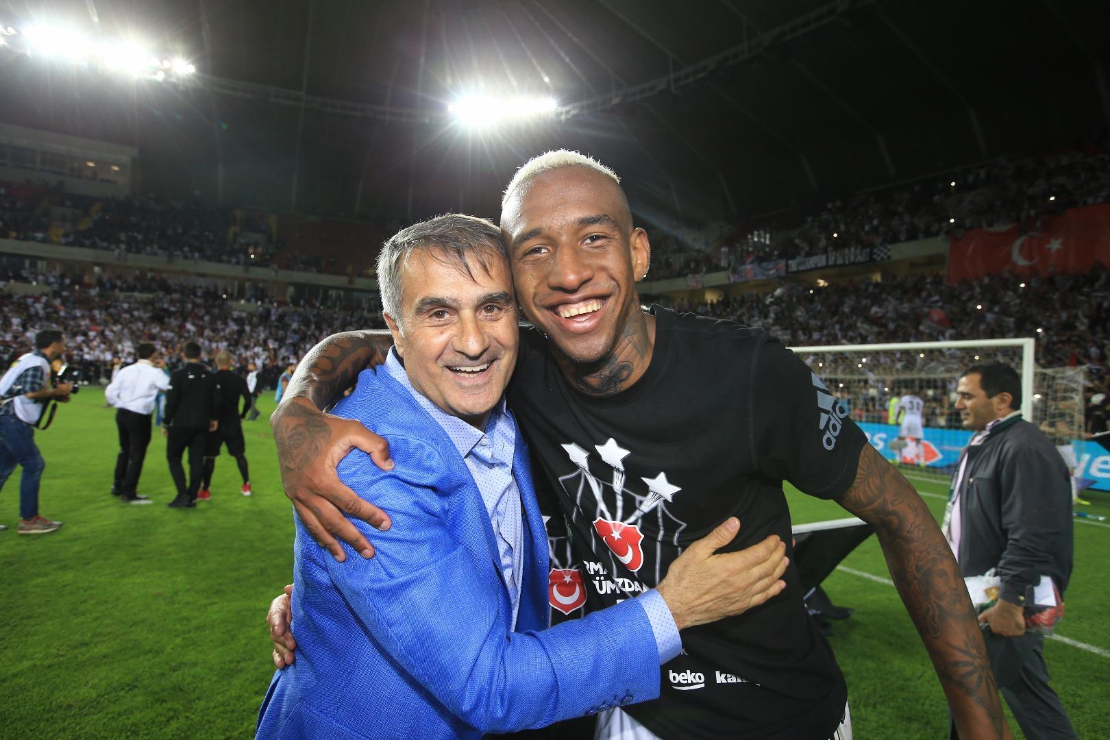 Beşiktaş taraftarı havaya uçacak! Talisca...