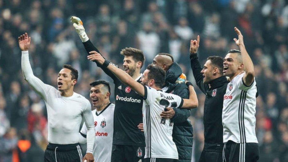 Beşiktaş'tan dev maç için büyük sürpriz!