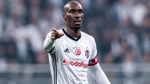 Beşiktaş'tan Atiba Hutchinson için şok karar!
