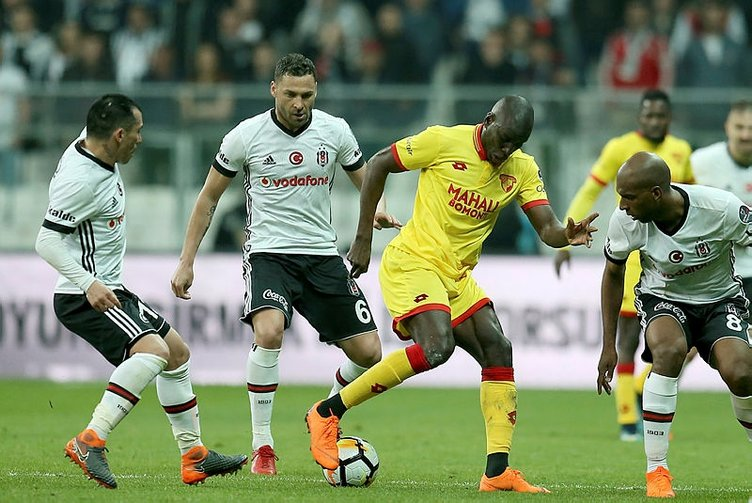 Demba Ba Beşiktaş ile anlaştı!