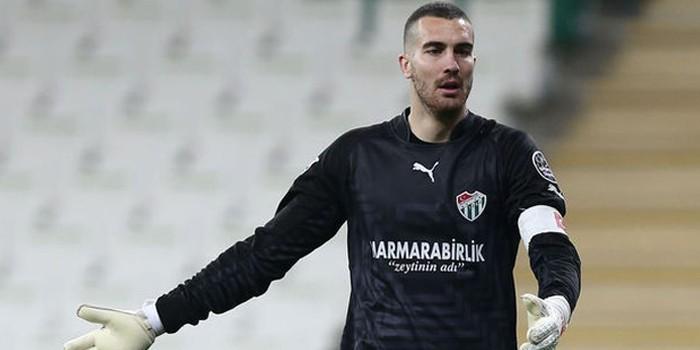 Beşiktaş'ta Fabricio'yu zor günler bekliyor!