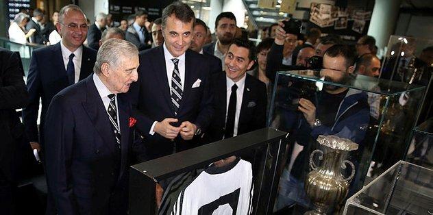 Beşiktaş Müzesinde 'Beko'lu Yıllar' sergisi açıldı