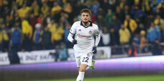 Beşiktaş'ın ilk antrenmanında şok sakatlık!