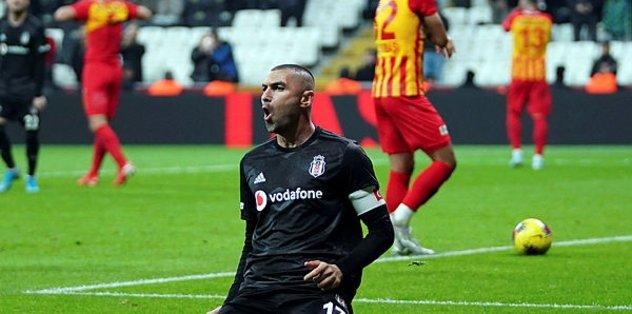 Beşiktaş'ta Burak'a alternatif aranıyor