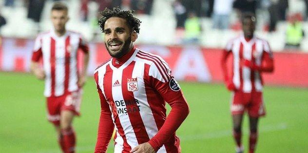 Beşiktaş'ta Douglas'tan vazgeçildi