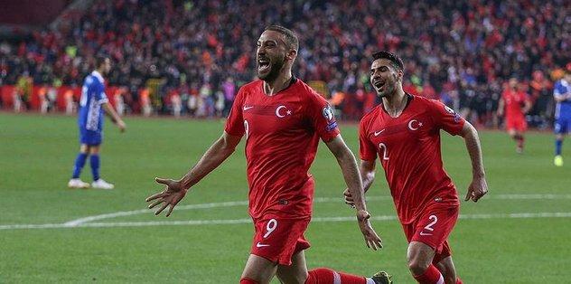Beşiktaş'ta Fikret Orman: Cenk isterse alırız