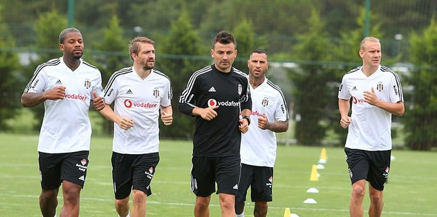 Beşiktaş'ta Quaresma takımla çalıştı