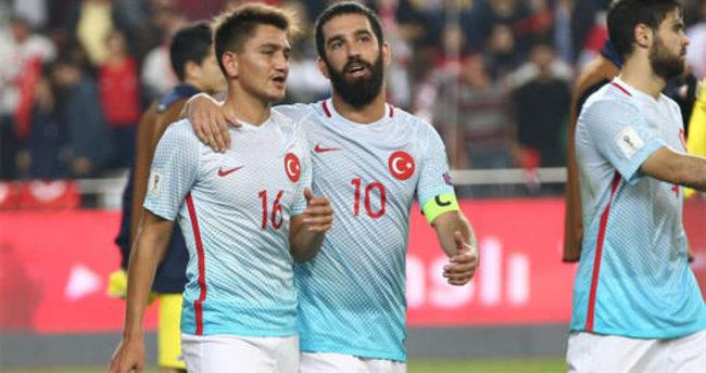 Beşiktaş'tan Başakşehir'in süper yeteneği için flaş teklif!