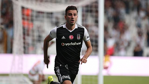 Sevilla'dan Oğuzhan Özyakup için Beşiktaş'a müthiş teklif!