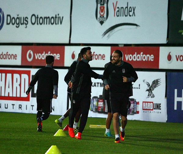 Beşiktaş'ta Kiev maçı öncesi şok!