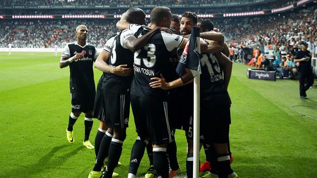Beşiktaş'tan ayrılmaya niyetleri yok