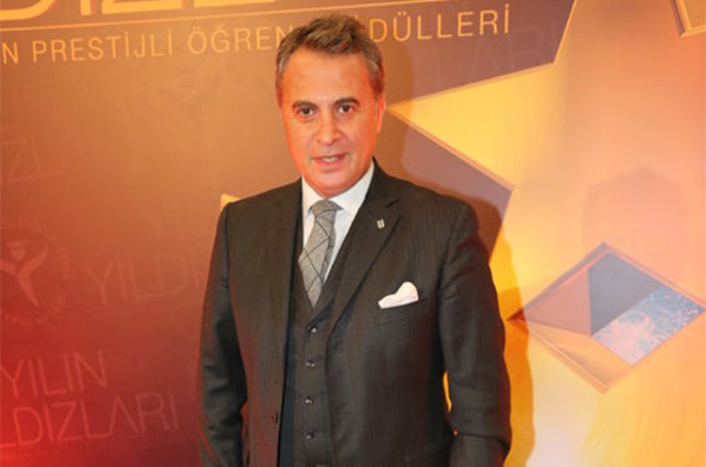 Beşiktaş'ta rota tekrar Fernando Torrres'e çevrildi!