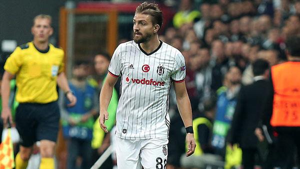 Beşiktaş Caner Erkin'le 4 yıllık sözleşme imzaladı