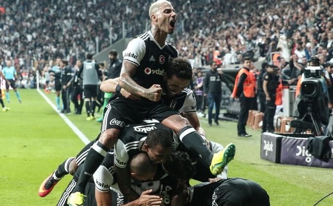 Beşiktaş'tan yıldız oyuncuya süper sözleşme!