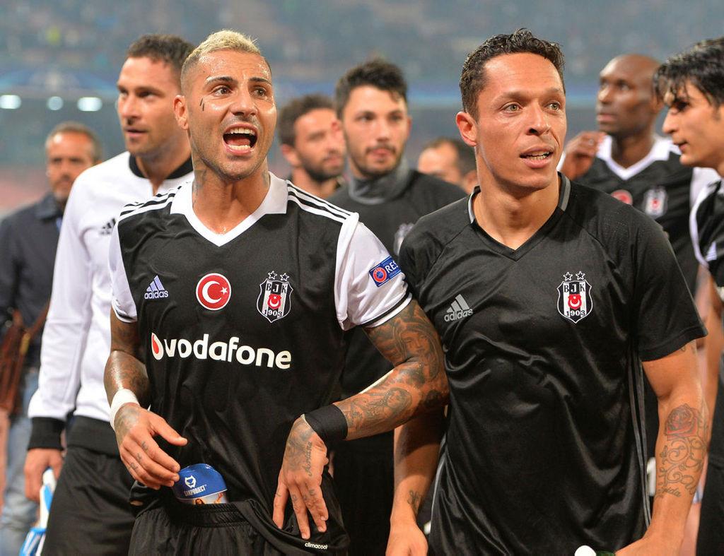 Beşiktaş'ın yıldızlarından 15 milyon euro geliyor!